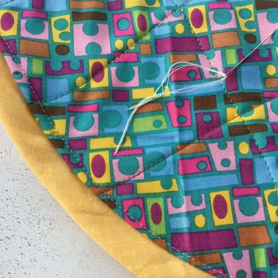 Tutorial for the StashnGo drawstring bag by fabricandflowers   Sonia Spence